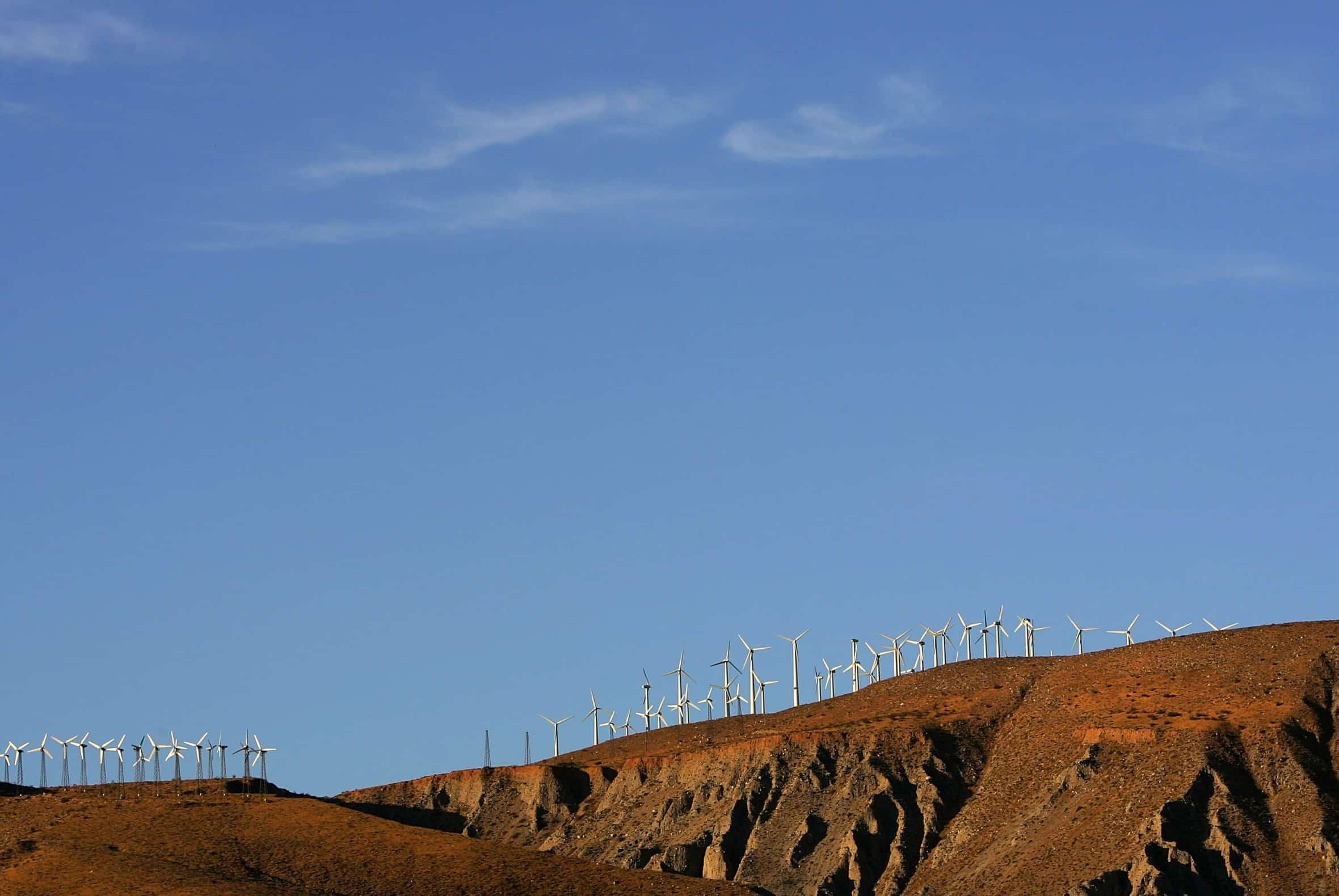 ألفابت تجري مباحثات بشأن انفصال مشروع تخزين الطاقة باستخدام الملح المصهور