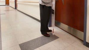 يمكن استخدام نظارات هولولينز لإرشاد المكفوفين في المباني المعقدة