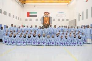 خليفة سات: أول قمر صناعي يدخل في الخدمة من صنع مهندسين إماراتيين