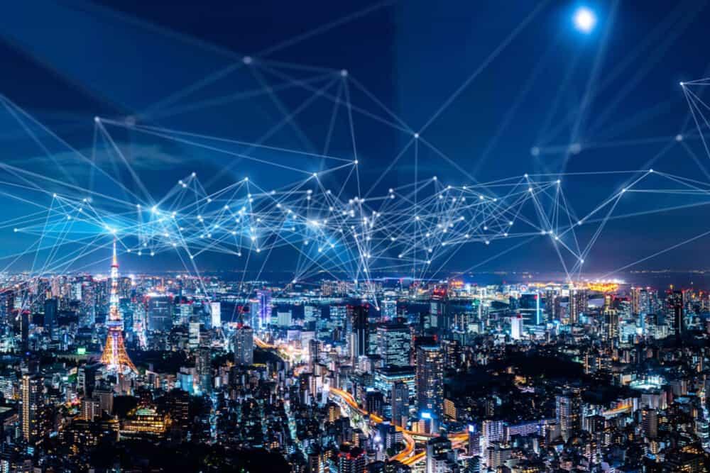 كيف يقوم التحول الرقمي بإشعال شرارة الابتكار في بناء الشبكات؟