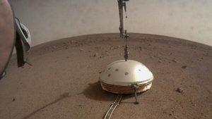 تم رصد أول زلزال على سطح المريخ!