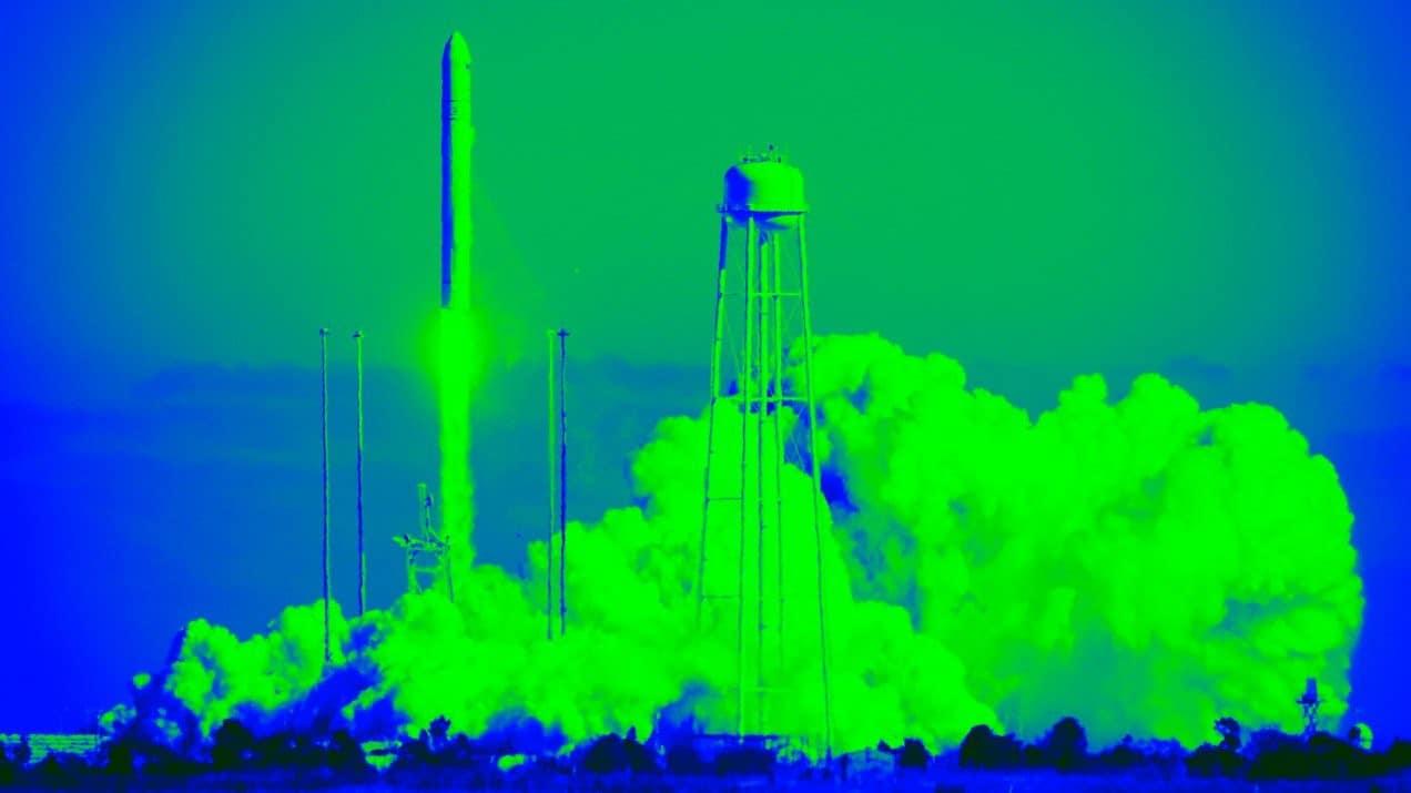 علماء الصواريخ يطورون جيلاً جديداً أخف وأكثر كفاءة من محركات الدفع بالبلازما