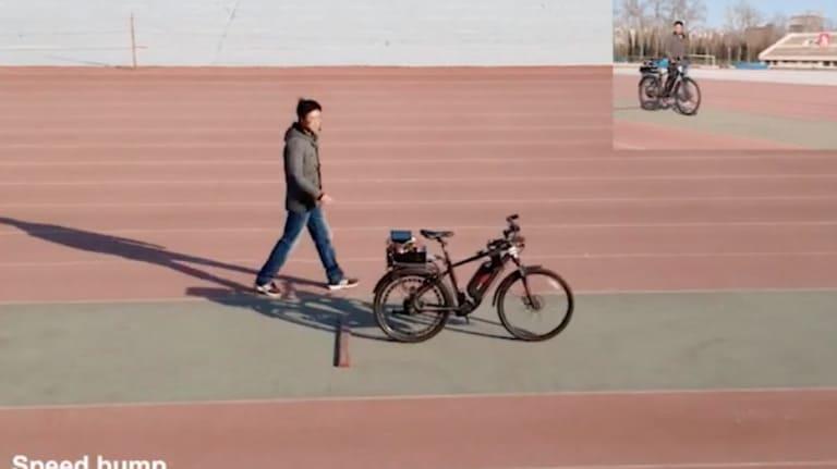 دراجة هوائية ذاتية التحكم من الصين تثبت تنامي خبرتها في شرائح الذكاء الاصطناعي