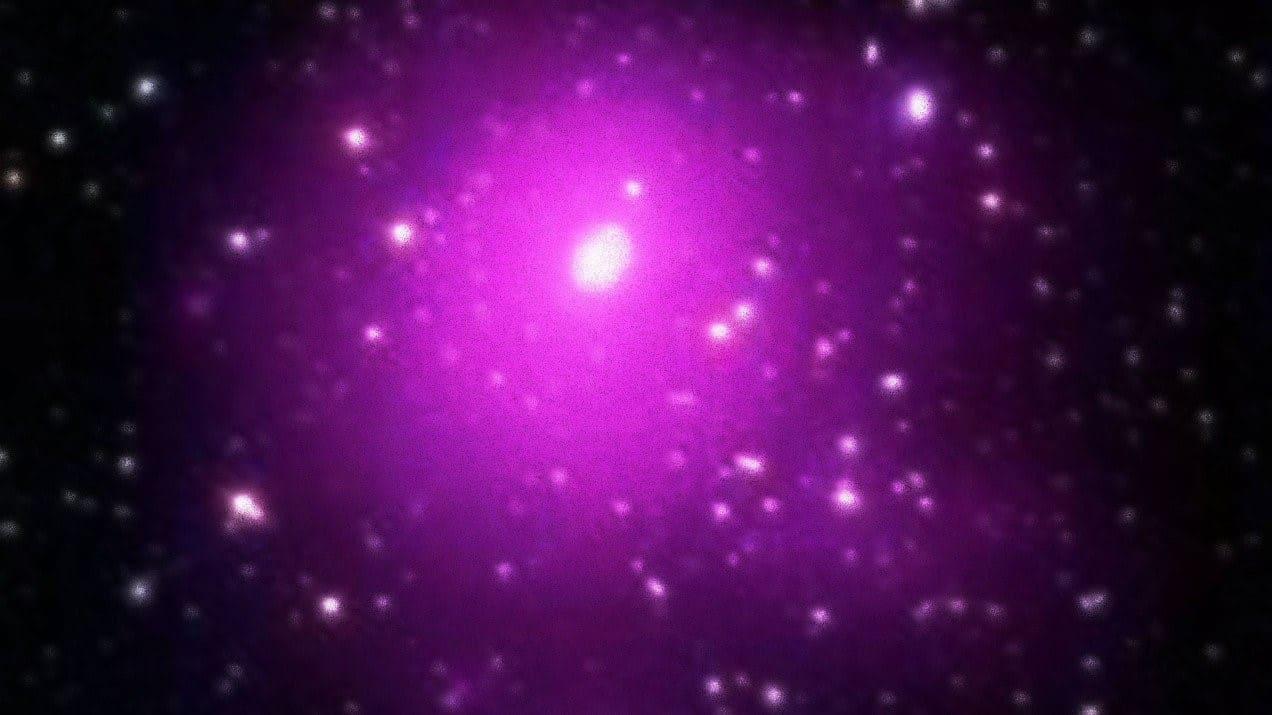 فلكیون یكتشفون أضخم ثقب أسود تم رصده على الإطلاق