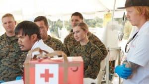 المشاة البحرية الأميركية تختبر إمكانية شحن المُعدات الطبية عبر الطائرات المُسيرة