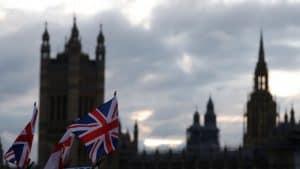 انتخابات المملكة المتحدة تضع سياسات فيسبوك للإعلانات السياسية على المحكّ