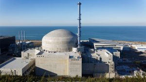 ما الدافع وراء قرار فرنسا بالعودة إلى استخدام الطاقة النووية؟