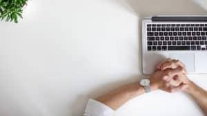 مواقع الصحة تبيع بيانات زوارها الطبية الحساسة إلى جوجل وفيسبوك وأمازون