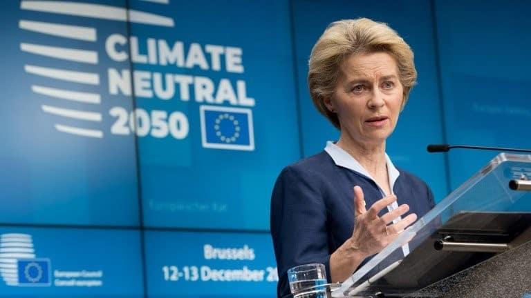 أوروبا تكشف الستار عن خطة لإيقاف انبعاثاتها البيئية بحلول عام 2050