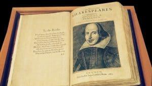 هل كتب شكسبير حقاً هذه المسرحية بالكامل؟ التعلم الآلي يجيب