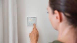 تضافر جهود أمازون وآبل وجوجل قد يجعل من المنازل الذكية حقيقة واقعة