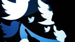 ماذا ستفعل تويتر بحسابات الموتى؟