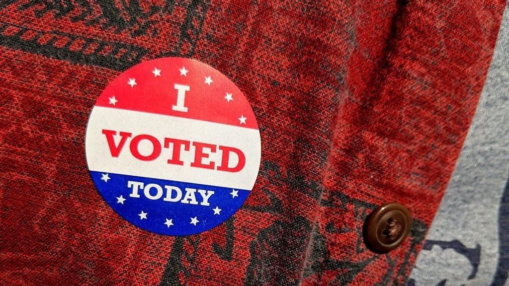 آلات التصويت