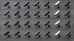 الاتحاد الأوروبي قد يحظر تكنولوجيا التعرف على الوجوه في الأماكن العامة لخمسة أعوام