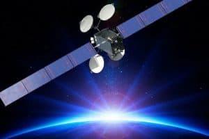 بوينغ وديرك تي في تسارعان لتحريك قمر اصطناعي قبل أن ينفجر