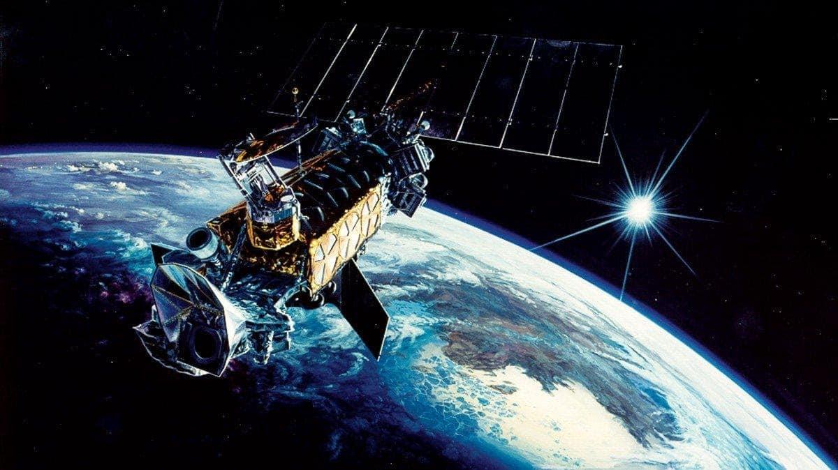 قمر اصطناعي روسي يلاحق قمراً اصطناعياً تجسسياً أميركياً في المدار