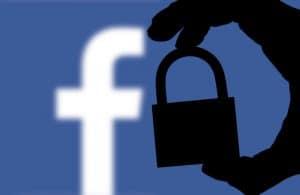 كيف بإمكانك أن تعرف بياناتك التي تشاركها فيسبوك مع التطبيقات والمواقع الأخرى؟