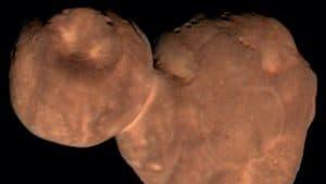صخرة على شكل رجل الثلج تقدم لنا درساً في تشكّل الكواكب
