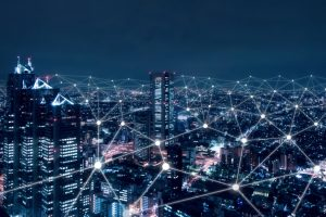 الذكاء الاصطناعي في قطاع الخدمات المالية بين الفرص والتحديات
