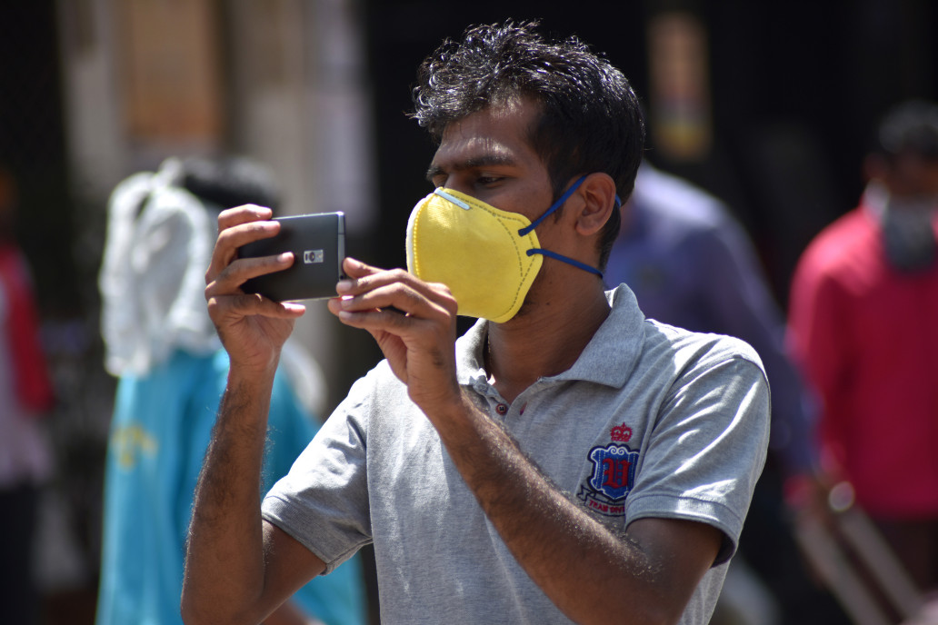 الهند تفرض على مواطنيها استخدام تطبيقها الرسمي لمواجهة كوفيد-19