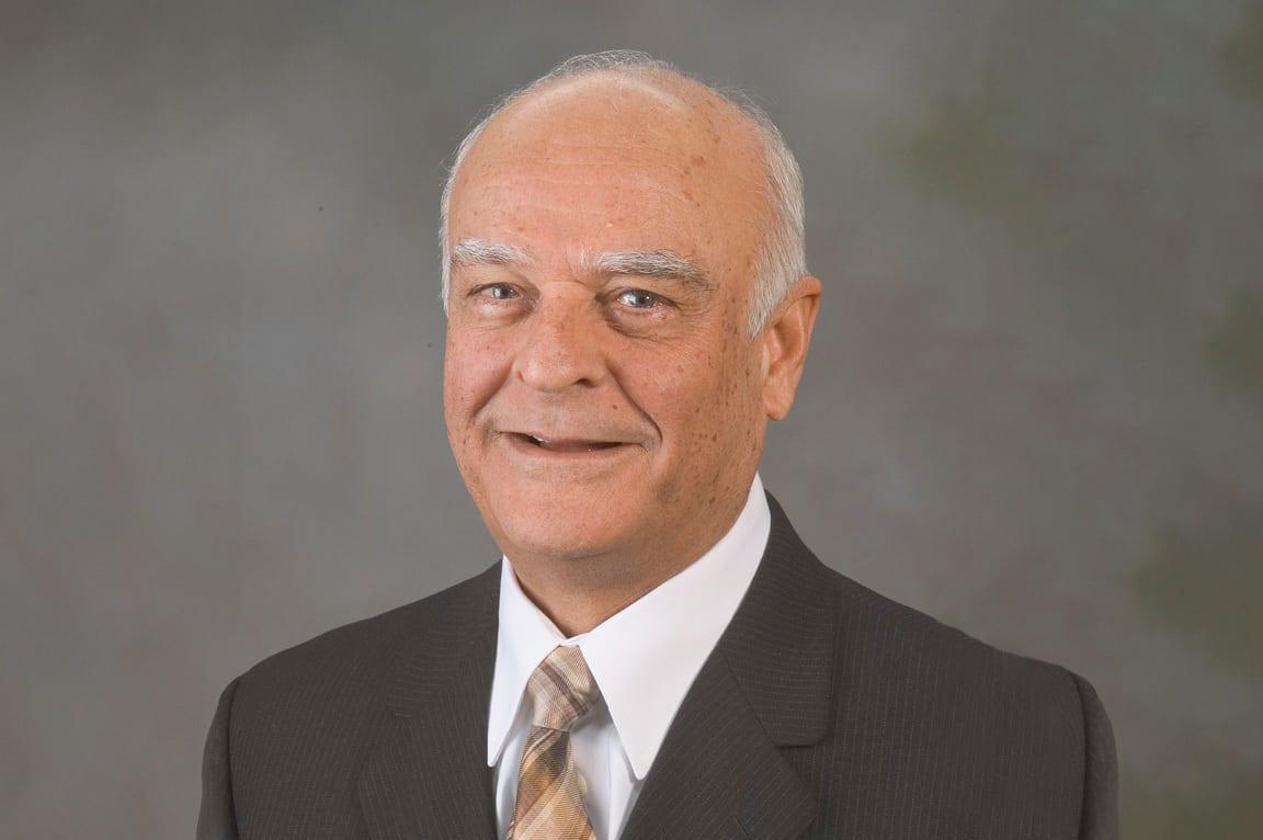 تعرف على العالم الفلسطيني علي نايفة، أبرز باحثي هندسة الميكانيك في القرن الماضي