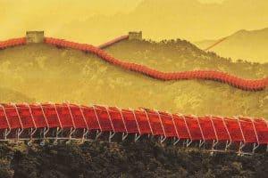 الحرب التجارية وجائحة كوفيد يدفعان شركات التصنيع الصينية نحو الداخل