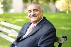 تعرف على العالِم الأردني المتخصص في علوم الحاسوب محمد عبيدات