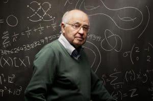 تعرف على البريطاني من أصول لبنانية مايكل عطية الذي غير من شكل الرياضيات الحديثة