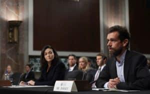 لماذا يجب أن يولي الكونجرس أهمية أكبر لما يحدث على تويتر وفيسبوك؟