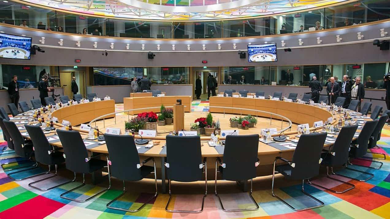 للمرة الأولى: أوروبا تفرض عقوبات على قراصنة روس وصينيين