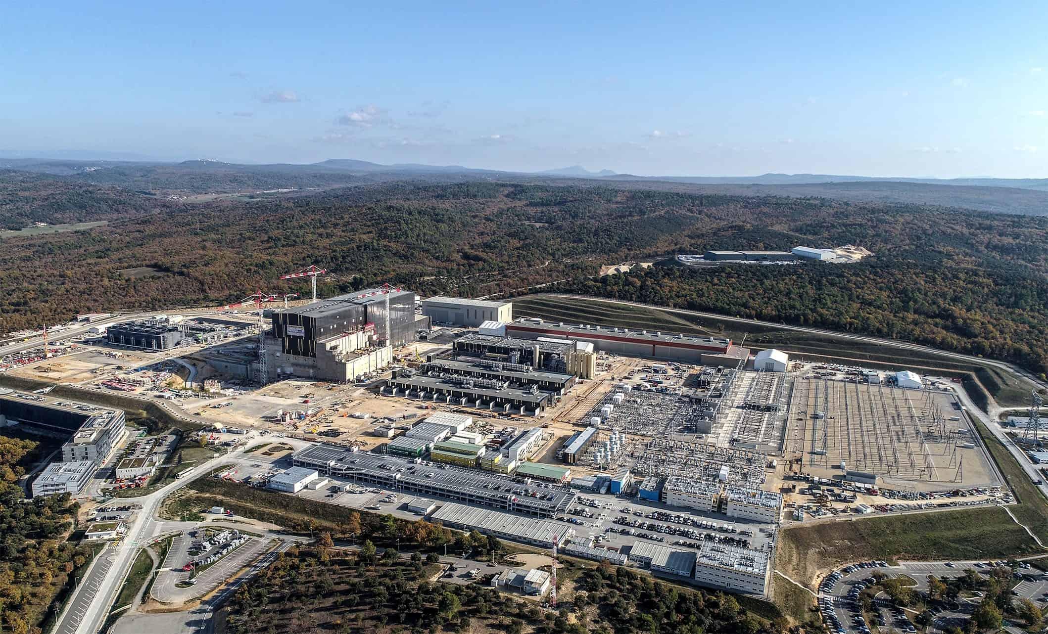 المفاعل التجريبي الحراري النووي الدولي