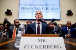 لماذا ترى الحكومة الأميركية أن فيسبوك أصبحت تمتلك نفوذاً هائلاً؟