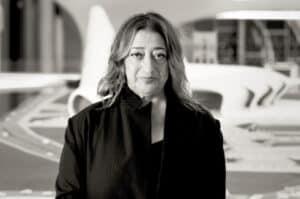 تعرّف على المهندسة المعمارية العراقية البريطانية زها حديد وأعمالها البارزة في مجال العمارة