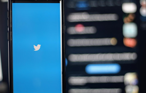 تويتر وجني الأرباح من المستخدمين