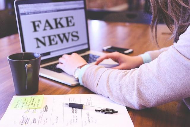 محاربة الأخبار المزيفة