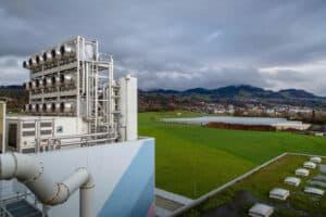تقرير: خفض نصف انبعاثات الكربون العالمية يتطلب تكنولوجيا غير متاحة تجارياً