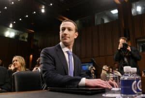 شكاوى تطالب باعتبار فيسبوك شركة احتكارية والقضاء يشكك في قوة الحجة