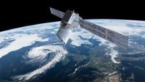 هل يمكن استلهام حلول لمشاكل حركة المرور الفضائية من أعالي البحار؟