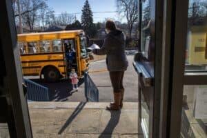 كيف أعيد فتح هذه المدارس الأميركية دون التسبب في انتشار فيروس كورونا؟