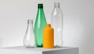 شركة فرنسية ناشئة تعيد تدوير البلاستيك باستخدام الإنزيمات